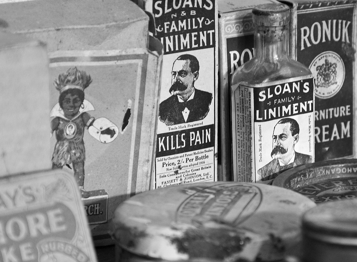 Sloans Liniment and more (4763920673).jpg