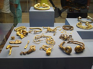 Iron Age treasure found in England