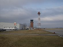 Springfield-Beckley Airport tower.jpg