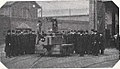 Städtische Straßenbahnen Wien 1903–1913 (page 133 crop) – Vorführung des Modells der Unterleitung.jpg
