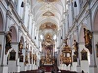 St. Peter (München) Hochaltar & Deckengemälde.jpg