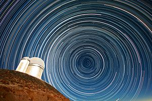 Circumpolar constellation - The trails of circumpolar stars captured with an extended exposure