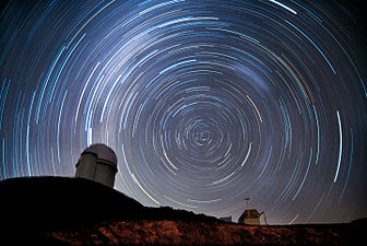 Starry La Silla Observatory.jpg