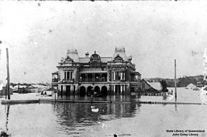 Breakfast Creek Hotel - The Breakfast Creek Hotel during the 1893 flood