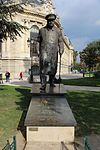 Statue Churchill Petit Palais Paris 3.jpg