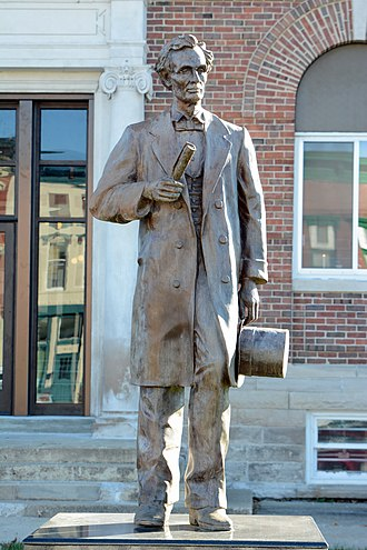 Marshall, Illinois - Statue of young Abraham Lincoln at the courthouse