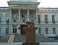 Statuia Lupoaicei din Chişinău.jpg