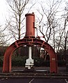 Steam hammer by Trencherfield Mill - geograph.org.uk - 291692.jpg