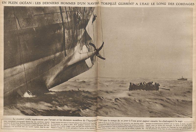L'actu de la MARINE NATIONALE, de notre défense et de nos alliés /2 - Page 37 800px-Steamer_coulant_dans_l%27Atlantique_en_1917