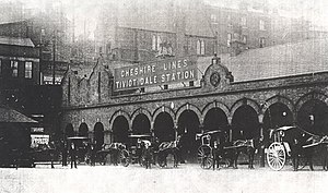 Stockport Tiviot Dale railway station c.1902.jpg