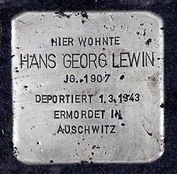 Photo of Hans Georg Lewin brass plaque