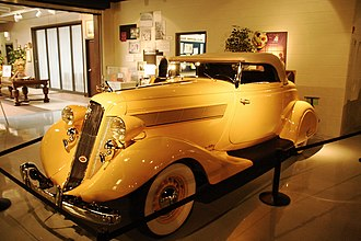 1935 Commander roadster Studebaker-commander-1935.jpg