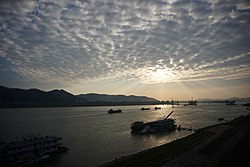 Sunset on Xi River in Wuzhou - 20181102.jpg