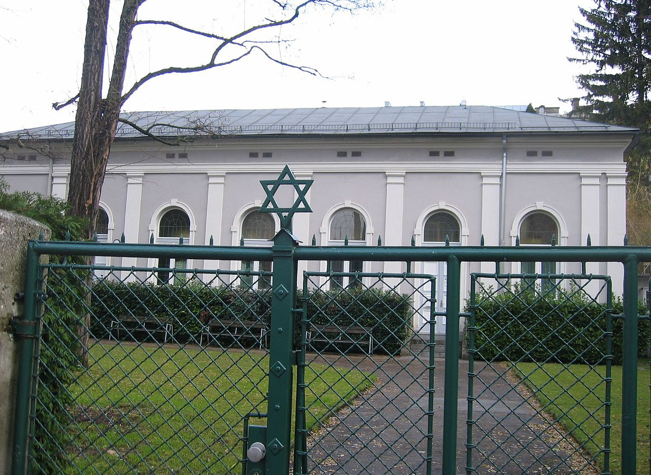 Synagoguesbg1.jpg