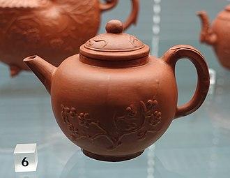Redware - Redware teapot, Delft, c. 1680, red stoneware imitating Chinese Yixing ware.