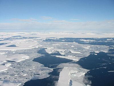 Tempanos Antárticos (3307131330).jpg