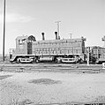 Texas & Pacific, Diesel Electric Switcher No. 1221 (21683310140).jpg