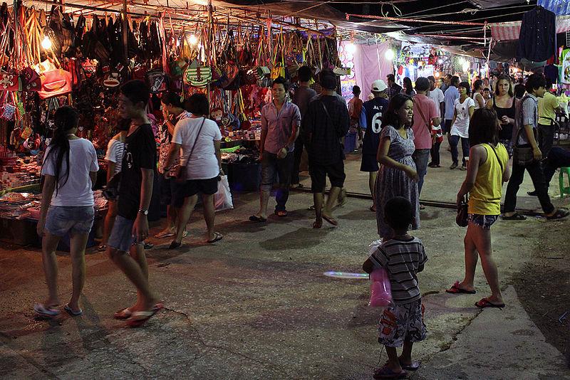 Thai-Night-market wIMG 3912.jpg