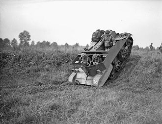 Universal Carrier - Bren Carrier No.2. Note a single rear compartment for one soldier with a sloping rear plate.