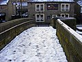 The White Swan and the Old Bridge - geograph.org.uk - 1385280.jpg