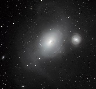 NGC 1316 - Image: The contrasting galaxies NGC 1316 and 1317