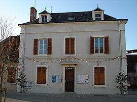 The town hall in Thevet-Saint-Julien