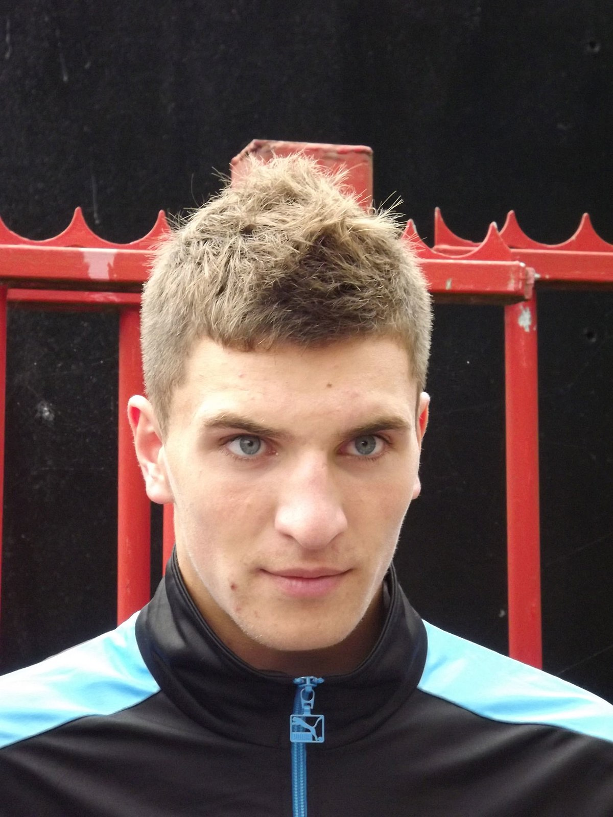 Thomas Meunier earned a  million dollar salary - leaving the net worth at 7 million in 2018