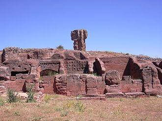 Termantia - Ancient rock-cut houses