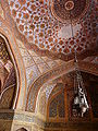 Tomb ceiling detail, Tomb of Akbar the Great, Sikandra, Agra.jpg