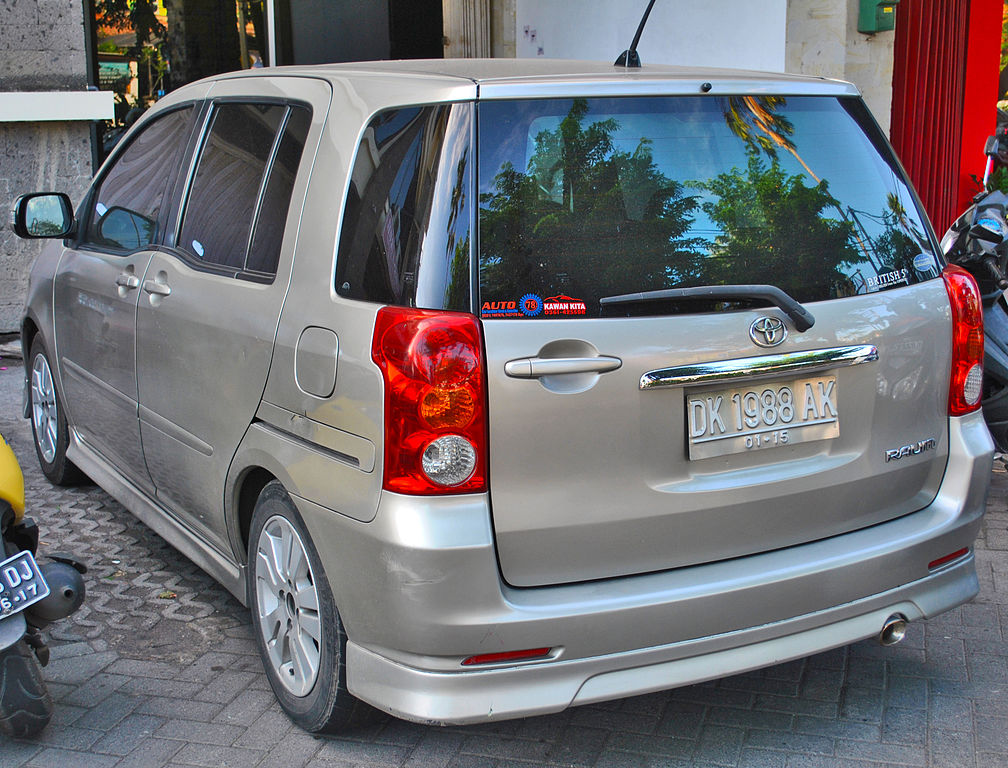 Cars On Line >> File:Toyota Raum (rear), Sanur.jpg - Wikimedia Commons