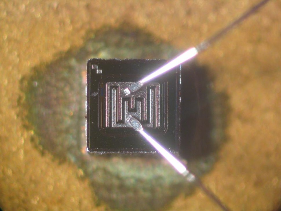Transistor-die-KSY34