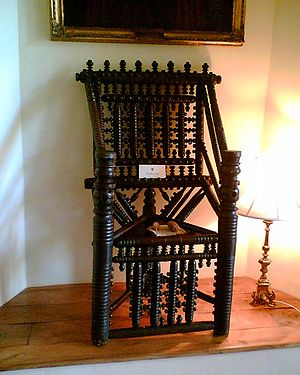 Turned chair - Turned chair, in the Bishop's Palace, Wells, Somerset, England (Early 17th century)