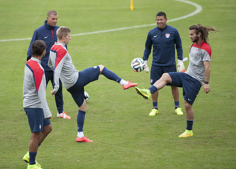 File:USMNT training 2014 Brazil (15096447907).jpg