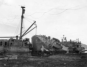 1945 Pacific typhoon season - Image: USS Nestor Wreck