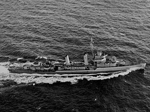 USS Wilkes (DD-441) underway in May 1943.jpg