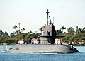 US Navy 060130-N-3019M-006 The Japanese Maritime Self-Defense Force (JMSDF) submarine Defense Ship (JDS) Oyashio, lead submarine of the Oyashio class, navigates through the Pearl Harbor channel.jpg