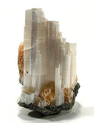 Ulexite - Ulexite from California (size: 6.9 × 5 × 3.1 cm)