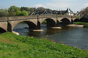 William Edwards (architect) - Image: Usk Bridge, Usk geograph.org.uk 1268258