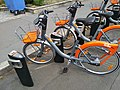 Vélo en libre service BiclooPlus à la station Manufacture à Nantes.jpg