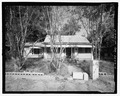 VIEW OF REAR LOOKING SOUTH - 808 Short Bewick Street (House), Waycross, Ware County, GA HABS GA-2226-2.tif