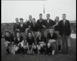 Bestand:VOETBALKAMPIOEN HAARLEM 1946-PGM4011889.webm