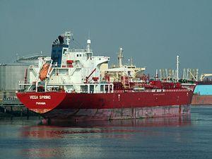 Vega Spring p6 at the '7e Petroleumhaven', Port of Rotterdam, Holland 23-Jul-2006.jpg