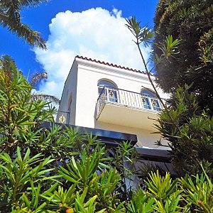 Casa Casuarina - Image: Versace mansion casa casuarina balcony 01