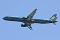 Vietnam Airlines A321-200(VN-A358) (4343136457).jpg