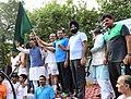Vijay Goel alongwith the Minister of State for Civil Aviation, Shri Jayant Sinha flagging off the 6th Slum Yuva Daud, at Hari Nagar Depot, in New Delhi.jpg