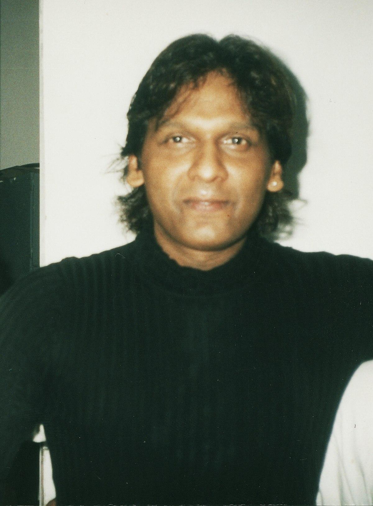 Vinod Rathod - Wikipedia