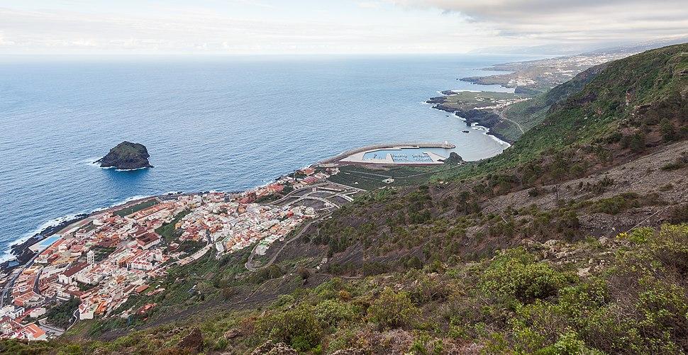 Vista de Garachico, Tenerife, España, 2012-12-13, DD 08