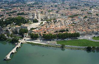 Avignon - Image: Vue aérienne 2 JP Campomar