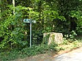 WW2 roadblock at Carterslodge Lane - geograph.org.uk - 420126.jpg