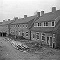 Wederopbouw van woningen aan de Rietstraat te Almelo, achterzijde van de woninge, Bestanddeelnr 902-4632.jpg